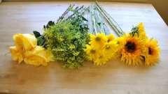 А ви знаєте, як упакувати букет квітів?