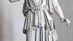 Афіна - богиня війни і мудрості в грецькій міфології