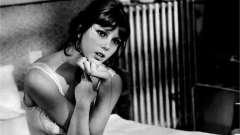 Актриса стефанія сандреллі. Фільмографія, фото італійської красуні