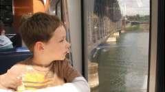Чим зайняти дітей в поїзді: прості поради