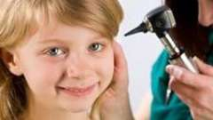 Що робити, якщо болить вухо у дітей? Невідкладні дії мами