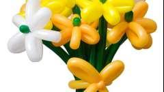Квіти з повітряних куль своїми руками