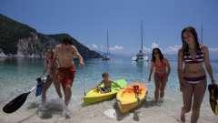 Де краще відпочити з дітьми в греції на середземному морі?