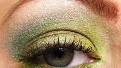 Смарагдовий макіяж: підкреслюємо каре-зелені очі