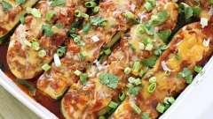 Кабачок фарширований: в духовці запікаємо смачне і ситне блюдо