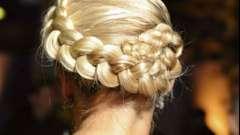 Як красиво зібрати зачіску