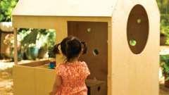 Як можна зробити дитячі будиночки своїми руками з дерева?