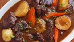 Як приготувати азу з яловичини з солоними огірками