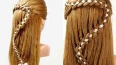 Як вплести стрічку в косу красиво?