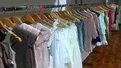 Які знаки на одязі для прання і правильного догляду за річчю вказує виробник