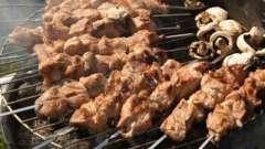 Яке м`ясо краще брати на шашлики: свинину, яловичину, баранину або птицю?