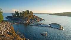 Яке найбільше озеро європи? Відповідь тут