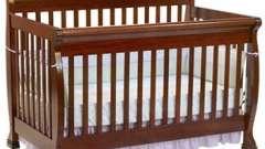 Який може бути дитяче ліжечко? Розміри і дизайн
