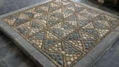 Мозаїка з каменю власними руками