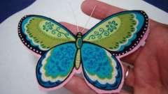 Оригінальна прикраса - метелик з тканини своїми руками