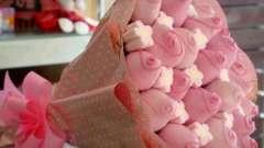 Оригінальний подарунок з цукерок своїми руками