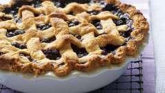 Пиріг з листкового тіста з ягодами: рецепт