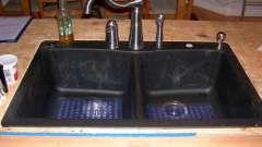 Плюси і мінуси мийки зі штучного каменю (відгуки)