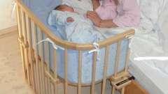 Приставні дитяче ліжечко - купити або зробити самому