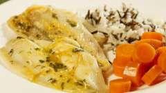 Риба з морквою і цибулею в духовці: рецепт приготування. Як запекти рибу з морквою і цибулею в духовці?