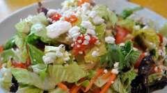 Салат з болгарським перцем і сиром. Кілька рецептів