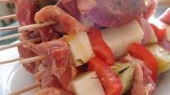 Соковитий шашлик зі свинини в кефірі: рецепт приготування