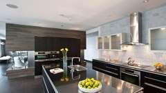 Скляні фасади: практичні кухні