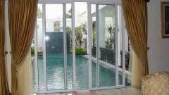 Скляні шторки для ванної розсувні: фото, відгуки
