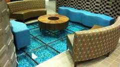 Скляна підлога: види, особливості, переваги