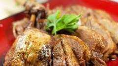 Тушкована качка в мультиварці: рецепт приготування