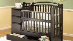 Вибираємо ліжко-трансформер для новонароджених правильно